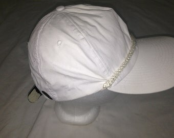 plain white hat