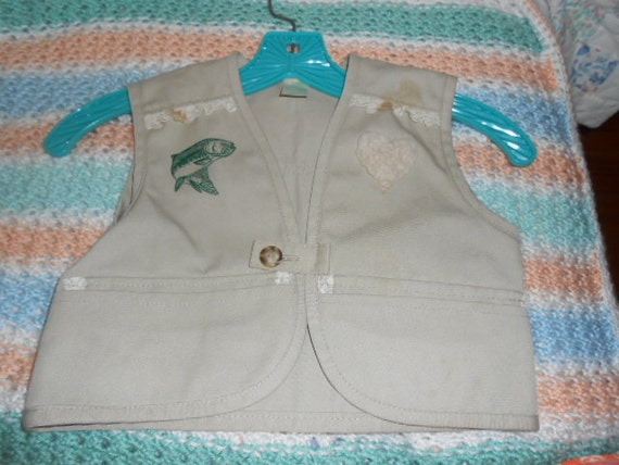 Child 39 s size 4 fishing vest by beth31768 on etsy for Toddler fishing vest
