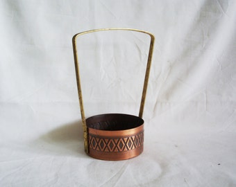 Round mini basket copper vintage pot with high, fixed brass handle, hand forged, Handmade, fireplace display, home decor, wedding reception
