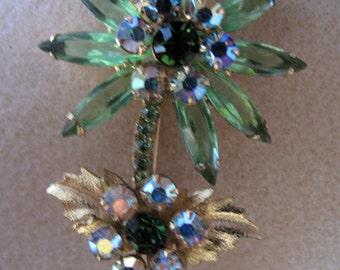 "Exquisite Vintage 1950's  ""Julianna""  style Flower Brooch."