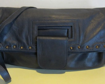 Italian vintage blue leather bag. handbag, can be worn in different ways!! Galleria, Italy. Near mint