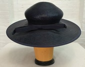 vintage Dachettes navy blue coated straw hat // designed by Lilly Dache // Bonwit Teller // 1960s