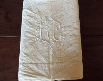 Ecru metis linen double sheet, with monogram LG