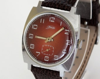 Men's watch ZIM Pobeda vintage mechanical men's wrist watch burgundy dial mens watch 70s new genuine leather strap