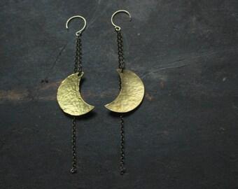 crescent moon earrings,hammered brass Moon earrings gold filled ,long dangle earrings,Bohemian earrings,boho jewelry,statement earrings