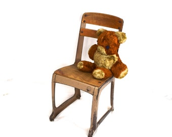 "Vintage School Chair, Eames Era, Kindergarten Chair 13"""
