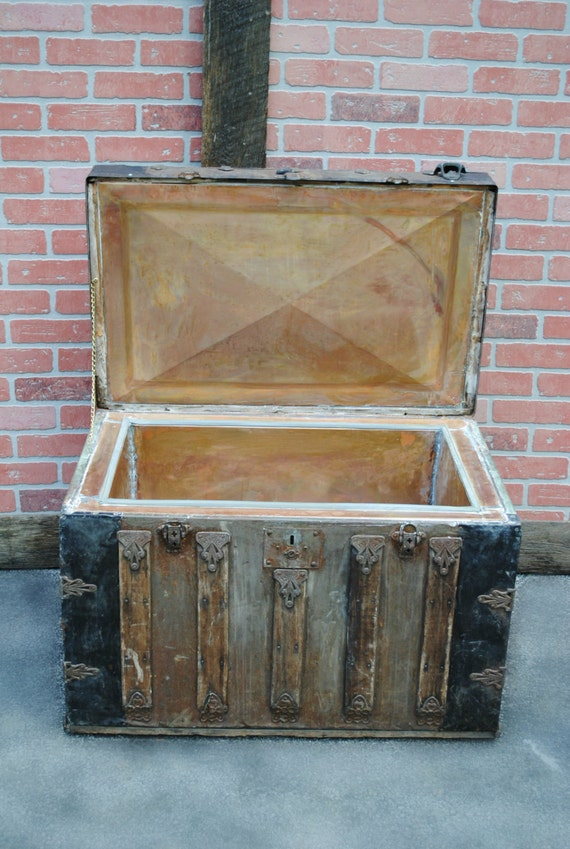 Cooler, Steamer Trunk, Vintage, Ice Chest, Copper Lined