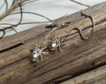 Dangle silver spider earrings