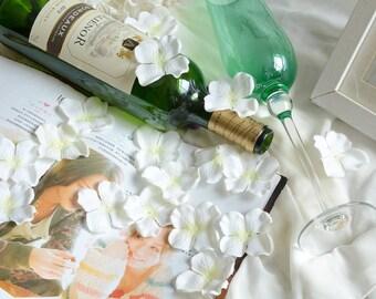 5 colors Silk Wisteria Petals 50g 150pcs Luxury Flower Petals For Wedding Party Aisle Table Centerpieces Decor