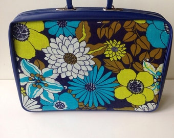 Vintage soft mod flower power navy blue chartreuse green suitcase brady bunch groovy
