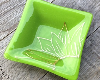 Pea Green,Fused Glass,Gift,Gold,Sunflower,Trinket Dish,Unique Wedding Gift,House Warming,Made In USA, Under 25