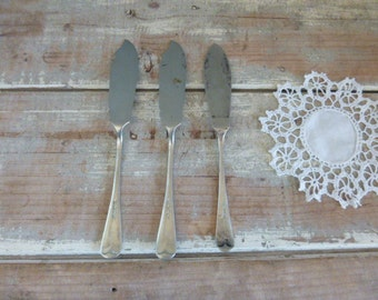 Dessert knifes Trio vintage collection x 3 cheese knifes rustic cutlery EPNS