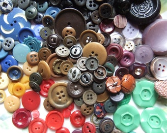 Lot of 200+ Vintage Buttons Different Bright Colors and Styles