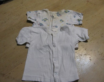 Baby undershirts; 16 - 20 lbs; up to 20 mnths; Made in Canada