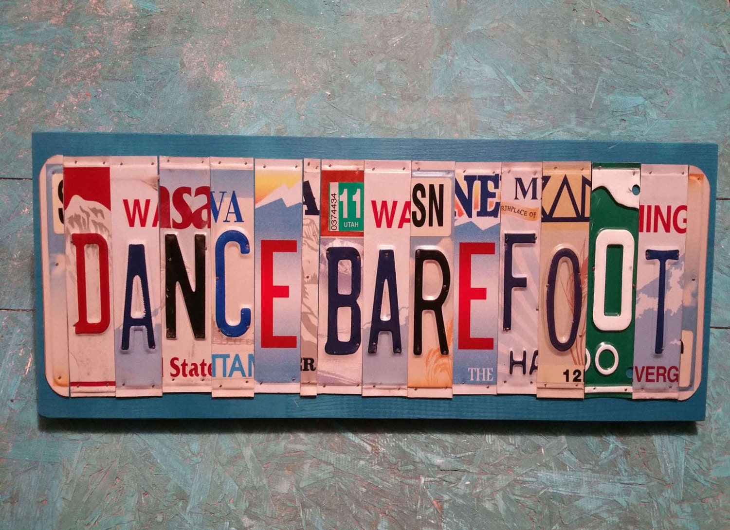 License plate sign license plate letter art picture home deco for Custom license plate letters
