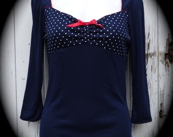 Blue & White Polka Dot 3/4 Sleeve Pin Up Girl Top With Red Bow - Size 10 12 14 16 - Rockabilly Tattoo Retro Blouse