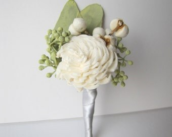 Ivory and Grey Boutonniere - Wedding Boutonniere - Ivory Wedding - Men's Boutonniere - Prom Boutonniere - Keepsake Boutonniere