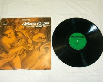 JOHANNES BRAHMS trio opus 8 in B major for piano violin & cello Vinyl Record Album - MXX 9100