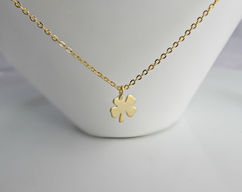 Four Leaf Clover Necklace, Gold Shamrock, St Patrick's Day, Bridesmaid Gifts, Gift for Girls, British Seller UK, Gold Clover Necklace
