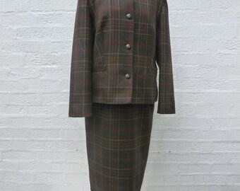 Ladies suit womens jacket wool skirt office suit secretary clothing 80s vintage suit brown clothes gift womens skirt jacket office clothing.