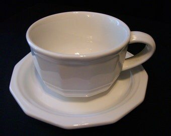 Pfaltzgraff Heritage White Cup Saucer set