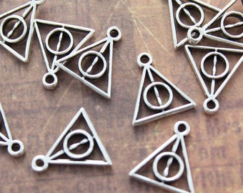 20 Tiny Harry Potter Deathly Hallows Triangle Charms/Pendants Antiqued Silver Tone Double Sided 12 x 10 mm