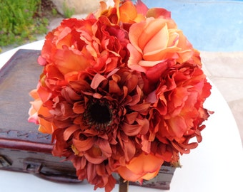Fall Bridal bouquet in shades of orange