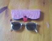 Sunglasses - VINTAGE 1950 Cat's Eye Sunglasses w case