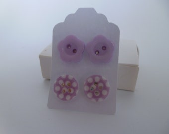 2 Pairs Button Earrings Silver Plated Lilac