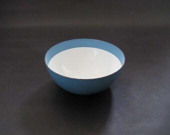 Cathrineholm Light Blue + White Enamel Band Bowl - Grete Prytz Kittelsen - Cathrineholm, Norway 1950s