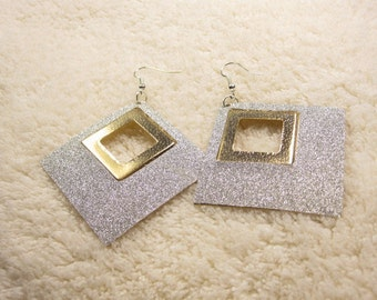20% discount/fashion/earrings/white/gold/silver/discount/cheap jewelry/affordable/