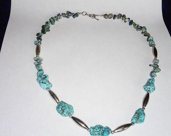 """Howlite, Turquoise Chip and Silver tone Beads 20"""" Necklace"""