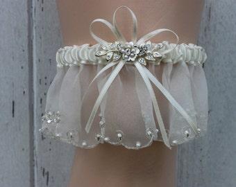 Ivory Rhinestone Flower Garter / Bridal Garter / Bridal Accessories