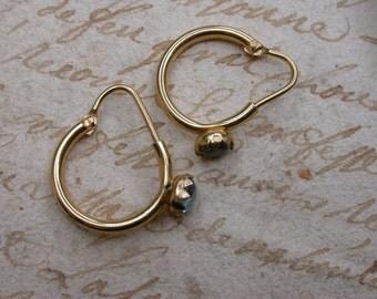 Vintage 18k yellow gold earrings ring shape  stamped 750 18k solid gold creole earrings aqua blue topaze rose cut gemstone gold earring