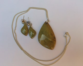 vintage Unakite gemstone pendant and earrings set