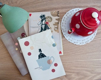 """A set of three notebooks """"The Queen"""