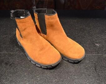 Lands End suede chelsea dead stock boots
