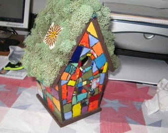 Faux Mossy top mosaic birdhouse