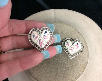 Vintage Stamped Made In Usa Enameled Heart Earrings