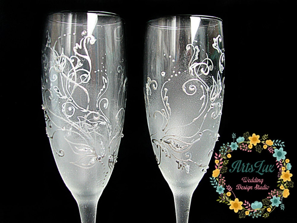 Frosty wedding champagne glasses hand painted silver wedding for Wedding champagne flutes