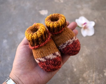 Newborn baby socks, salmon and brown color, thin wool baby booties Ready to ship unique item