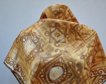 Vintage PRINTED silk scarf...(856)