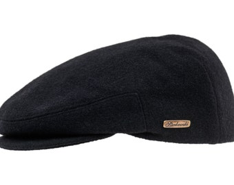 Classic Snap Bill Ivy League Cap sewn with Wool and 10% of Cashmere - black
