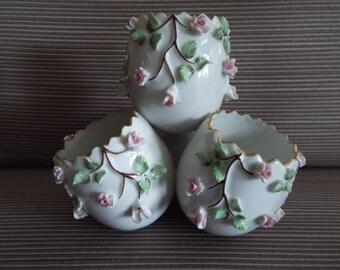 vintage Vista Alegre Porcelain egg bud vase applied pink roses VA Portugal