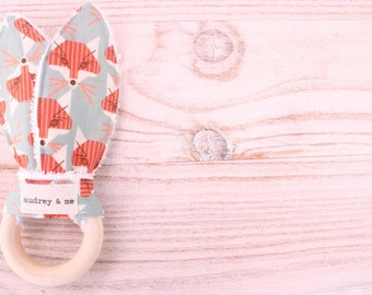 Teething Ring, Bunny Ears Teething Ring, Baby Teething Ring, Teething Toy, Wood Teether - Foxes
