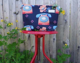 Vintage telephone print pouch in navy