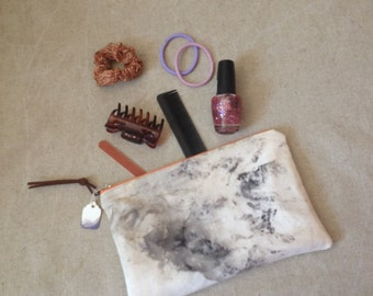 Hand dyed pouch //  Natural dye One of a kind zip zipper purse // UK seller