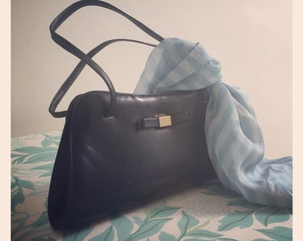 Retro 1960s Handbag - navy blue