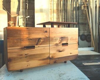 Papine Dresser
