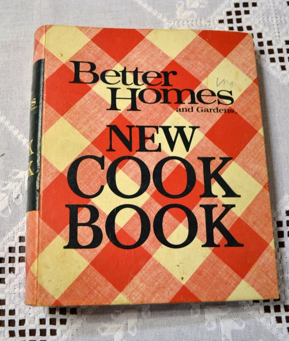 Better Homes Cookbook 1968 Hardback 3 Ring Vintage Used Book